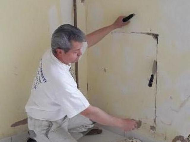 Rénovation de murs suite à un dégât des eaux